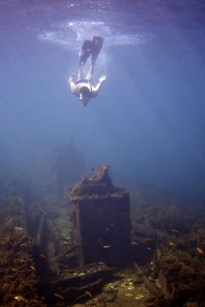 Mergulhe no azul de Fernando de Noronha
